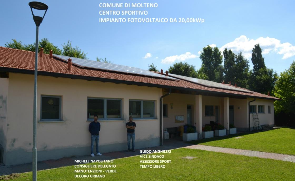 Impianto fotovoltaico con pannelli Sunpower sul tetto del centro sportivo di Molteno